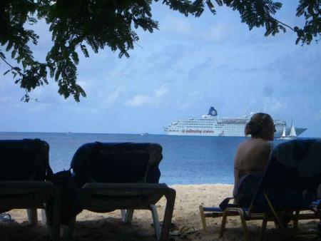 cruceros-caribe-turistas.jpg